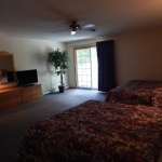 2,000 sq. ft. townhouse with 4 bedrooms - Guest bedroom view
