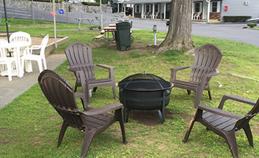 Relaxing fire pit area