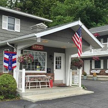 Americas Best Value Inn Lake George Office Area