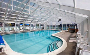 Photo of Indoor / outdoor pool and hot tub